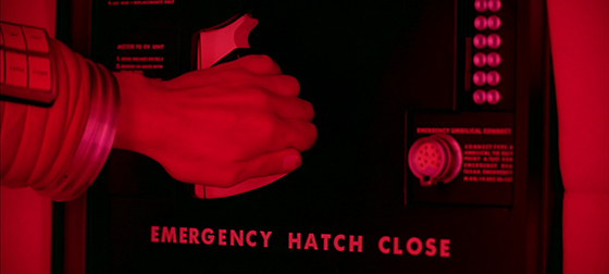 2001_emergency_hatch_close