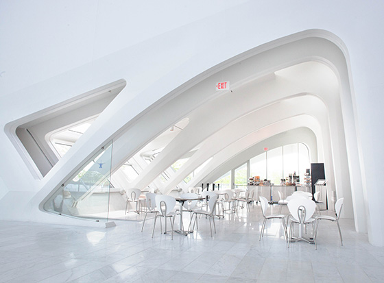 walle_calatrava_milwaukee_cafe.jpg